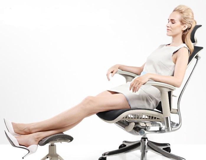 Эргономичное кожаное кресло Expert Star Leather