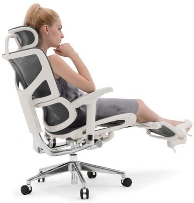 Эргономичное офисное кресло Expert Sail с подножкой